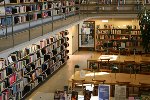 ストックホルム市立図書館(アスプルンド設計/スウェーデン)